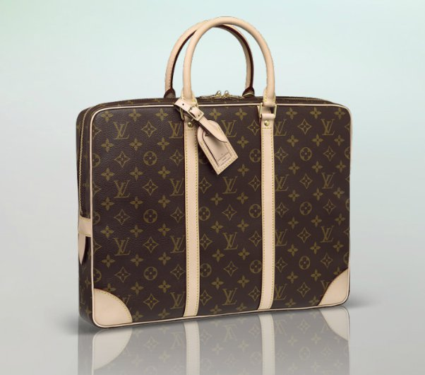 più recente a2e36 cdcf1 il-portadocumenti-louis-vuitton-blog-di-regina-so%cc%88berg ...